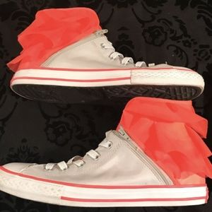 Converse Shoes - Converse Sz 6/EU 38.5 Junior White Neon Pink Ruffl